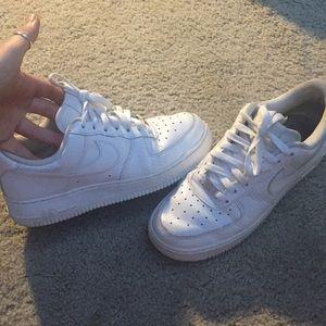 White Nike Air force 1 Lows